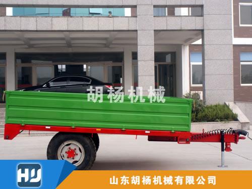 3T单箱板三项自卸欧式拖车